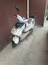 雅马哈踏板摩托车出售