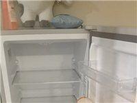 清真九成新海尔冰箱,160L适合家用,刚用了几个月,因为要搬走,急售,价格从优