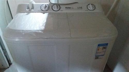海尔洗衣机双杠,大容量,8公斤,九成新,刚买两个月,要搬走,紧急出售,价格从优