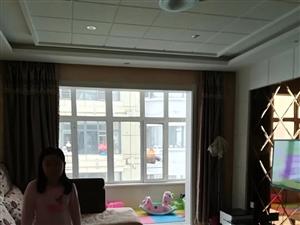政府高层13楼3室1厅1卫48万元