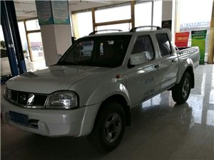 2013款 郑州日产四驱皮卡D22
