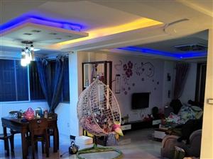 龙湖花苑4室2厅2卫68万元