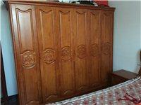 实木衣柜2.45×2.1米,全实木,里面空间很实用