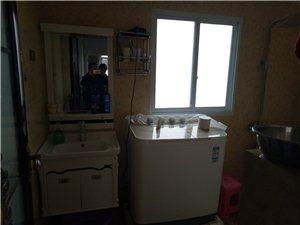 龙腾锦城3室2厅2卫1500元/月