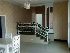 利城花园,五楼4室2厅,错层、精装未住!
