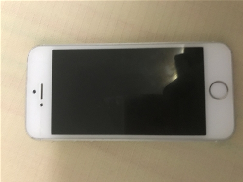 iPhone5s 银色 16G 大陆国行 屏幕上方一道裂痕 四周有磕碰 无拆机维修 已注销ICoul...