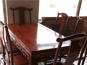 老榆木餐桌,带六把餐椅3900元,15076609513