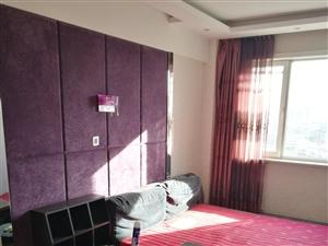 卖床,带床垫子1.8*2.0,正面小桌可以撤失,铺垫子酿成大床2.4*2.0,售价500