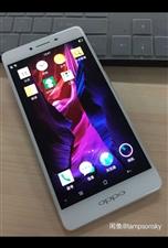 oppo r7手机,3+16G,5寸屏幕,闪充,9成新,原价2千多购买,现600元转让