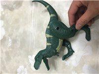 玩具霸王龙蛋 嘴可以张开 四肢能活动 可以变化成蛋型