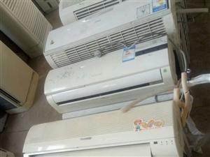 低价出售空调13932549406