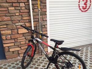 上海永久、买回来骑了一个星期就放下不骑了、跟全新的一样、价格不高、车子在莱阳