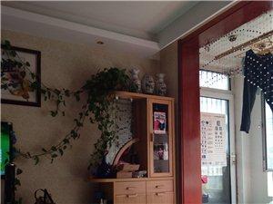 天元上东城5室2厅3卫135万元