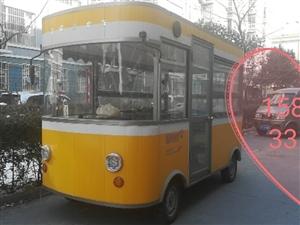 电动四轮小吃餐车,有炸锅,铁板烧,汤桶,可做奶茶,冷饮,炒菜等因个人原因出售,转手即可挣钱