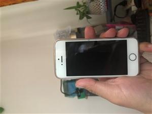 8.5成新的16GiPhone5S,备用机,只有裸机。没有数据线耳机。不二价。