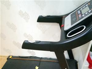 出售九成新佑美跑步机一台 买了只有3个月 一直没有用 占地方 买的时候1400 元 现在1000元出...