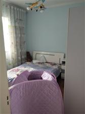 龙腾玉龙苑3室1厅1卫1200元/月