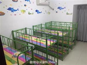 托管班架子床10张,九成新,规格160×60,适合小学生用,绿色四张,红色六张,170元一张。地址蓝...