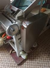 【转让】压面机【类型】搅面机 电扒炉,煎炸炉