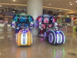 有两台战火金刚机器人和四台幻影摩托车出售使用一个夏天,本人没有时间经营现低价出售
