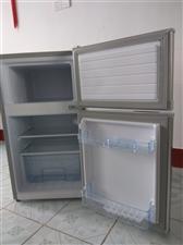 二手冰箱,基本未用过。