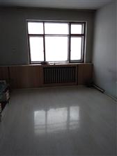 热电厂家属楼1室1厅1卫3000元/月