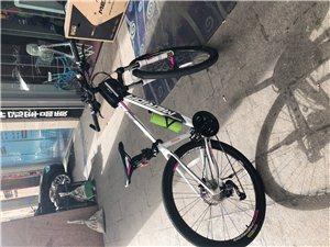 本人于2018年3月7日购买一辆2018年新款美利达山地自行车,购买价格2800元,现低价转让,有意...