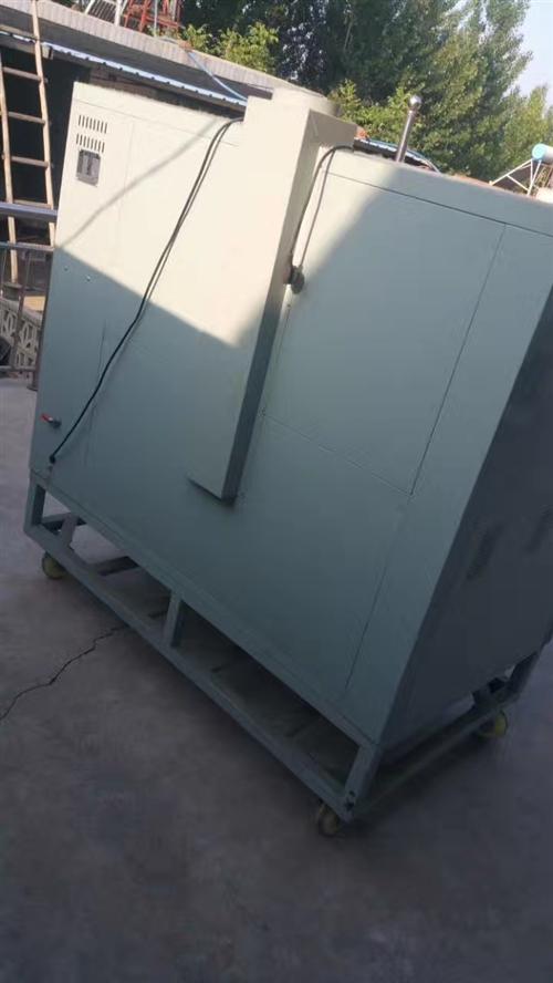 王力達牌燃氣食品烘爐,欲出售,九成新,價格面議,預購從速。咨詢熱線15102576661