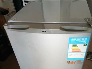 TCL小冰箱98升,全好,没有维修过!