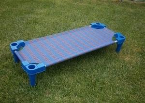处理幼儿园跳跳床,滑梯,电视机。有要的联系13315143529