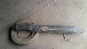挖掘机140炮机钎干,我因挖掘机以卖,全新没用过须要的联糸我15223983565。