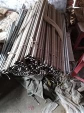 四合厚立水杆,一米二低,一块五一斤,四百斤左右了