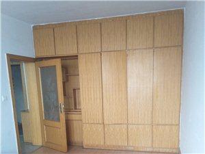 阳光故里2室2厅1卫6800元/月