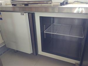 全新商用冷藏冷冻操作台,双温控制,保鲜平冷,冷藏冷冻柜,尺寸1.5米x0.8,去年购买后一直未曾使用...