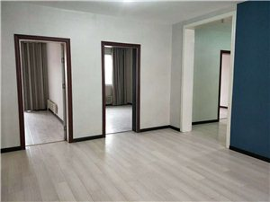 圣都金茂豪庭小区3室2厅1卫60万元