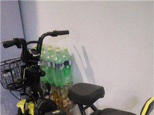 绿源新款哈雷电动车! 非常好看全新没骑过!手续啥都有  因为本人每天充电抬车不方便 所以换了个自行车...