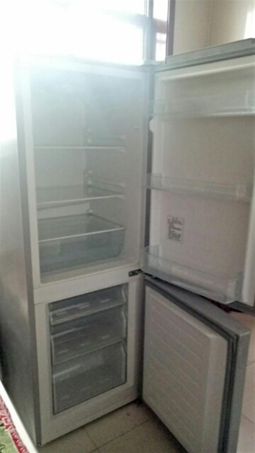 家有一臺閑置冰箱海爾153升的,就用了兩個月,1499買的1000賣了