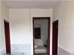 西华街师范校旁50米2室2厅1卫13000元/月