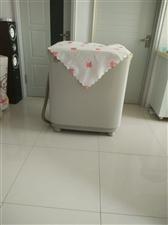 海尔牌双缸洗衣机180元,还有一台热水器100元