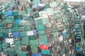 高价上门回收废旧电瓶,玉林地区各乡县都可以(比如电车电瓶12V20AH一个约65元/个)