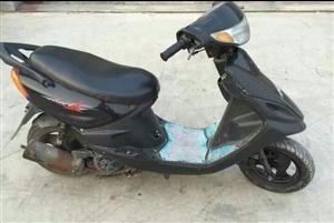 踏板摩托车诚心出售