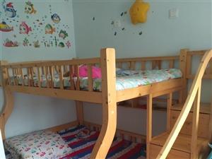九成新,松木儿童高低长,下铺1.5米,上铺1.2米,带棕垫