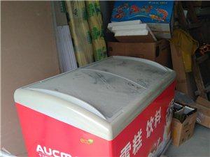 海尔冰箱332升的,用了五个月,九成新,小车一起卖,想买可以先看货,18678009312