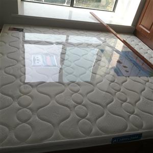 明珠牌床垫,2米*1.8米*80mm,买过来还没开始使用(床内空尺寸小了)