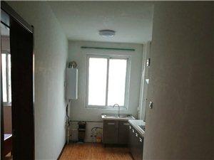 新元小区1楼3室年租1.6万