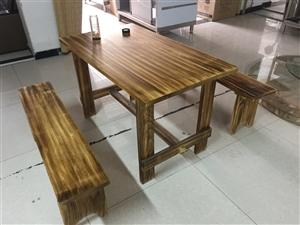 求购二手的这样的桌子,要个6-8个有的联系我