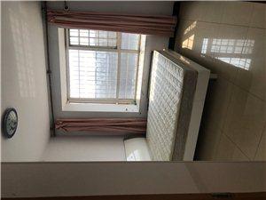 明珠花园2室2厅8000元/月
