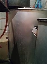各种型号铝锅,不锈钢锅,液化灶等餐馆小吃店用品低价处理啦!