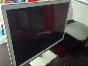 组装电脑,8G/1600内存,21.5寸显示屏。 摄像头wektel,3个镜头。 打印机EPSO...