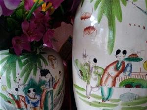 两对清代大花瓶